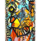 Milieu du cylindre peint avec des adhésifs de couleur collé par dessus résultat d'une animation fresque géante à Lyon
